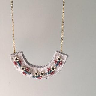 "[Bluesy Mod] --- Beaded Embroidery necklace. Beaded embroidery flower necklace. ""White Flower"" (BEY 3)"