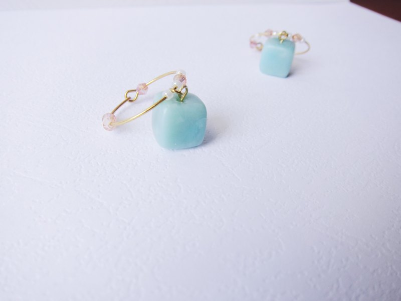Cube Clay Hoop Earrings - Jelly Mint