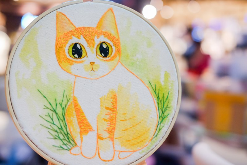 Cat embroidery ornaments