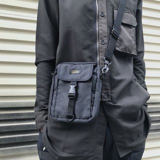 Matchwood Pacer Sling Bag All black