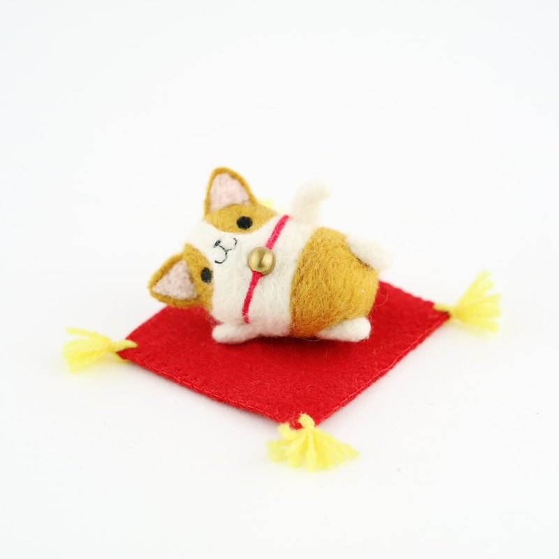 Lucky corgi dog wool felting decoration