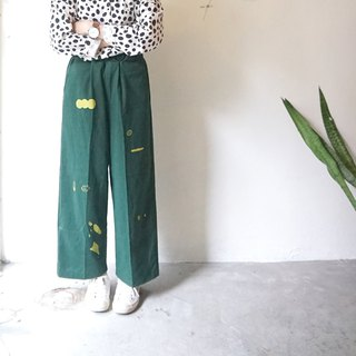 Yinke original printing: Yamane / puppy green pocket pressure straight wide pants