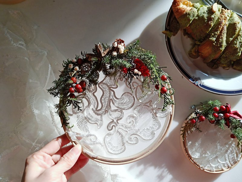 Christmas Dream Catcher/Christmas Gift/Exchange Gift/Christmas Wreath/With Christmas Package