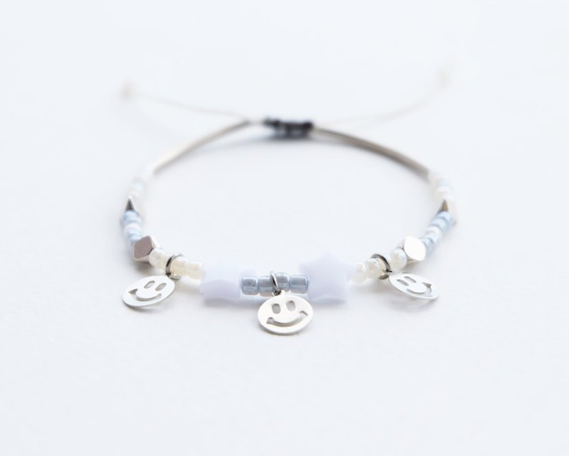 Smiley white star adjustable string bracelet