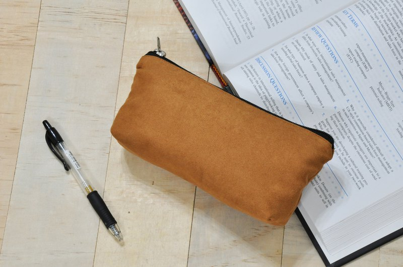 ENDURE / Luo color / suede material large size stereo pencil case