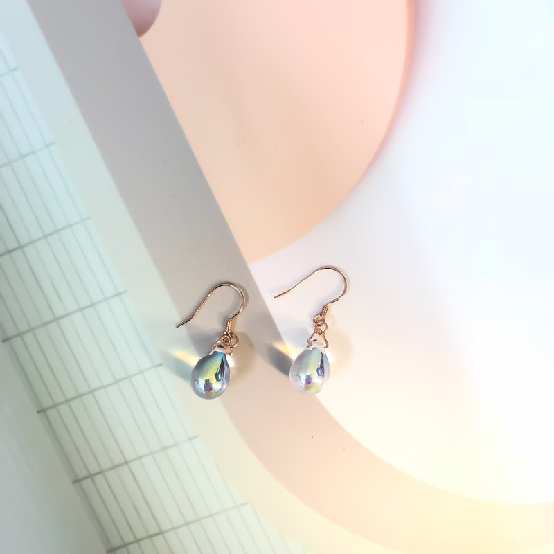 Minimal Hologram Glaze Water Dropped 18K Rose Gold Earrings
