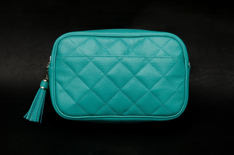Quilted diagonal bag