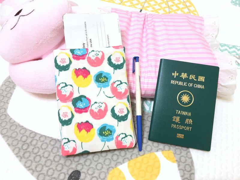 Nordic flowers. Flower 3A / can accommodate tickets. Cards. Documents. Pen passport sets. Clips (with buckle / no buckle)