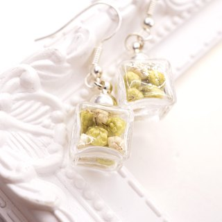 A Handmade green and white gradient popcorn ice glass ball earrings