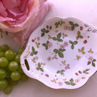 British bone china Wedgwood Wild Strawberry wild strawberry jewelry plate cake tray snack plate