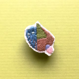Mini Hand Embroidered Brooch / Pin Autumn Geometry Series 04