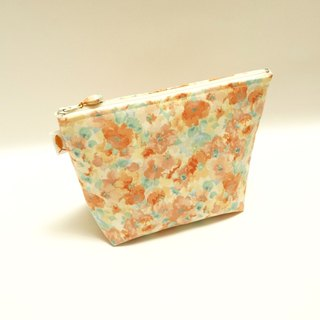 /雾の花// Cosmetic bag/travel bag/small bag