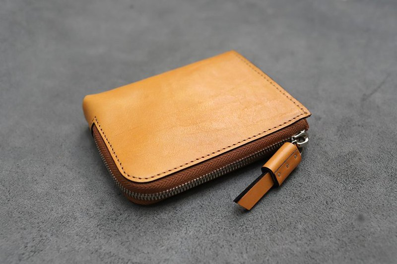 KAKU handmade leather L zipper wallet