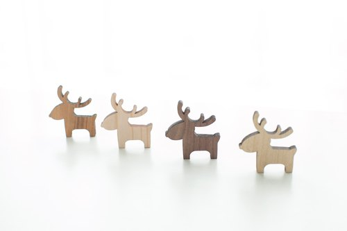 Customized name of the gift logs of light-colored wood chips - elk