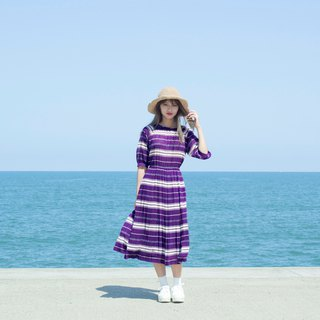 Purple and white stripes, five-point sleeves, vintage dress