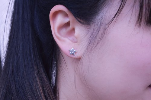 [Brigade] Cheng star ear. 925 sterling silver earrings