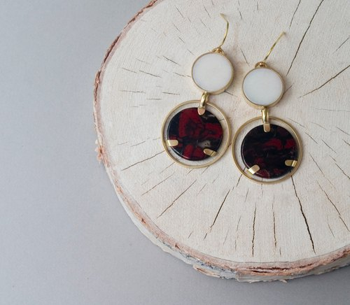 Dual Stones w Brass Hoop Earrings/ White x Rouge - Handmade-Ear wire-Clip on