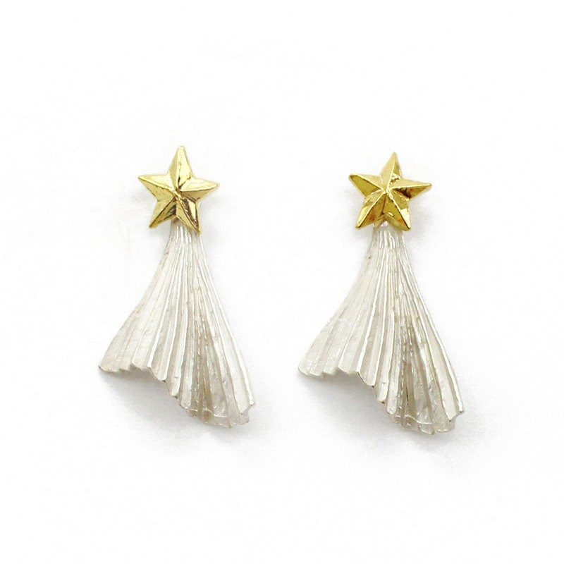 Star shade Pierced / Star shade earrings PA 405