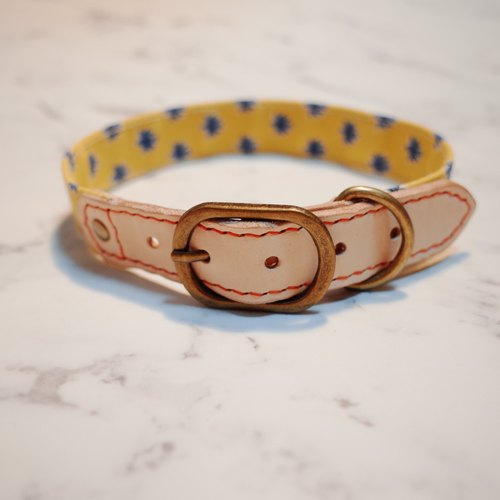 Dog collar L number (not tag) retro Japanese cloth summer yellow small floral with bells planted rubbing leather