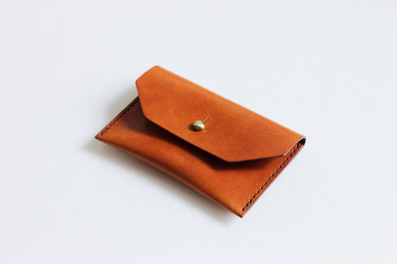Italian caramel color vegetable tanned leather business card holder