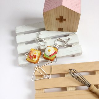 Japanese resin mini hand clinker folder girlfriend earrings dor take Ling sister