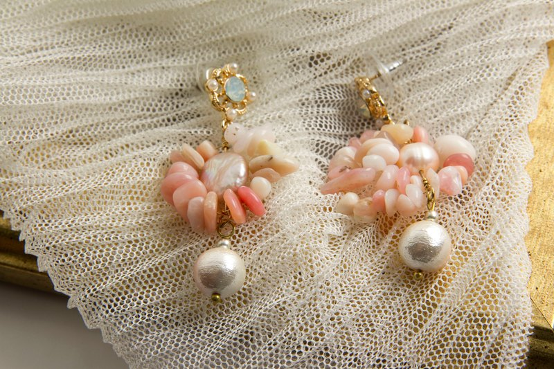 Titanium Collection - Beauty of Pearl Earrings