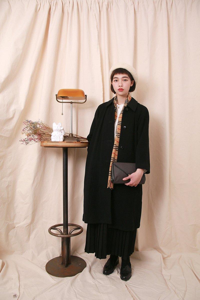 Back to Green:: 羊毛大衣 黑 排釦 vintage overcoat