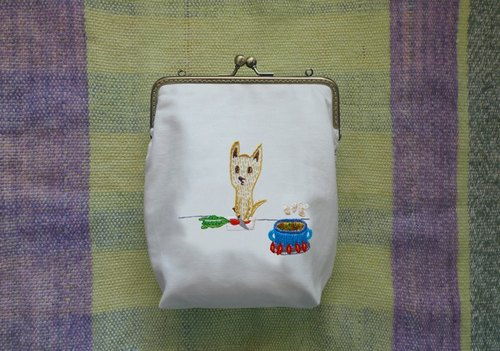 🗻 dream mountain dog, small yellow gold embroidery bag can be slung mouth (in) | talk about embroidery studio