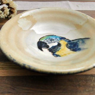 Macaws painted small plates