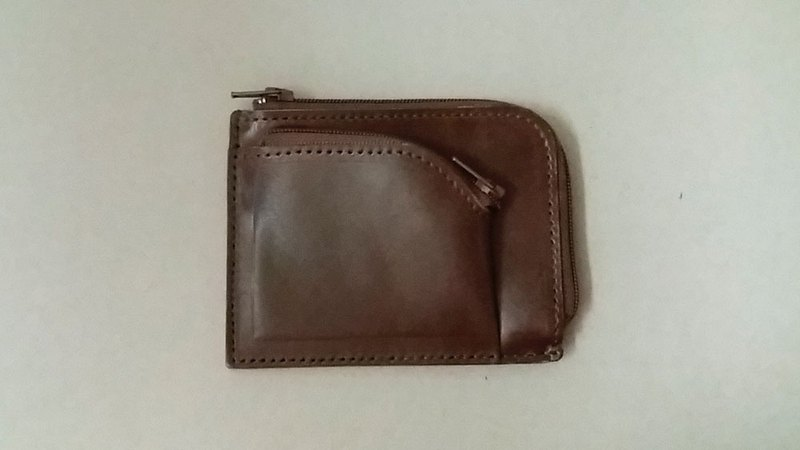 ...............Double L-shaped small wallet