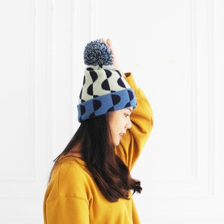 studio chiia Knit Beanie - Half Moon - Blue