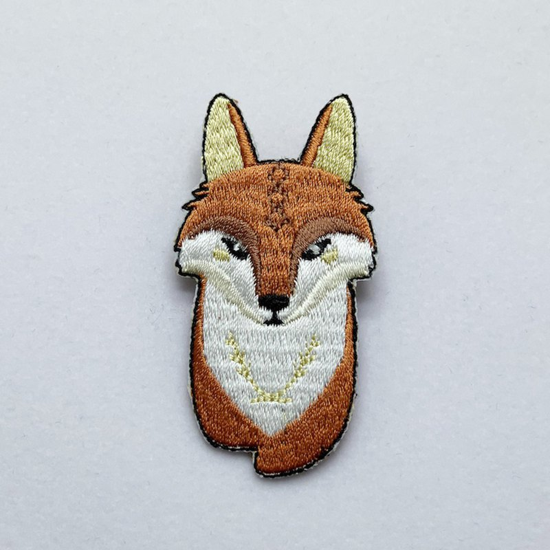 [Forest Animal Series] Q version of the fox embroidered pin