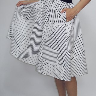 - Chicken mother dock - cotton false cut strips printed design and knee skirt
