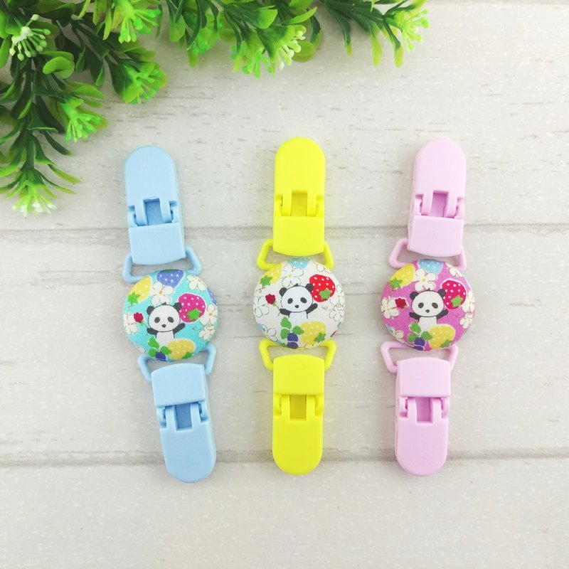 Panda Garden - 3 colors are optional. Handkerchief clip