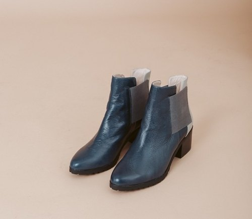 Minimalist square bandage cut leather low-heel blue-gray boots