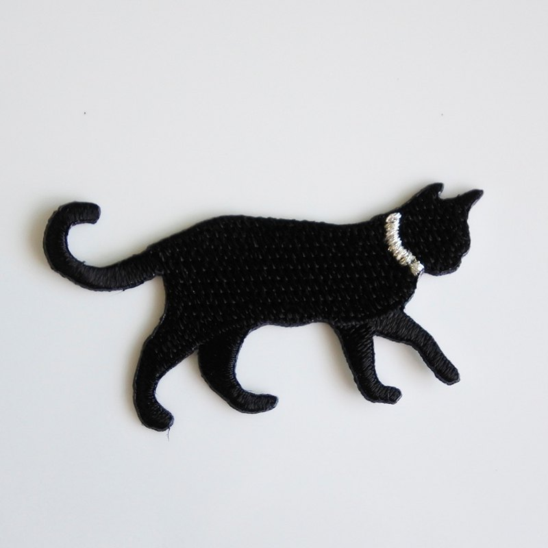 Three Cat Shop - Black Cat Electric Embroidery - A (to be ironed)
