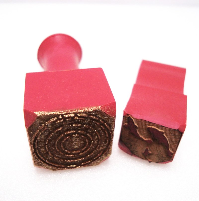 Traditional red rubber seal - goldfish (requires water wave, please purchase)