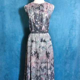 Leaf lace light antique dress / bring back to the foreign ones