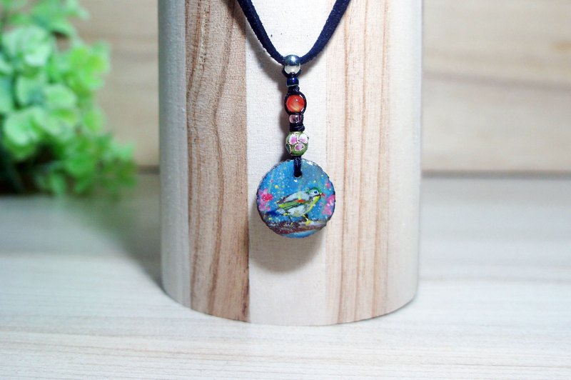 Red-billed leiothrix wood pendant + natural stone suede long necklace