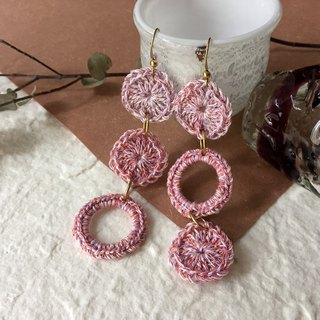 Crochet dangling circles earrings -Pink hydrangea