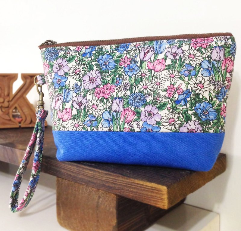 [Flower World] Cosmetic bag / YKK zipper / hand storage bag universal debris bag