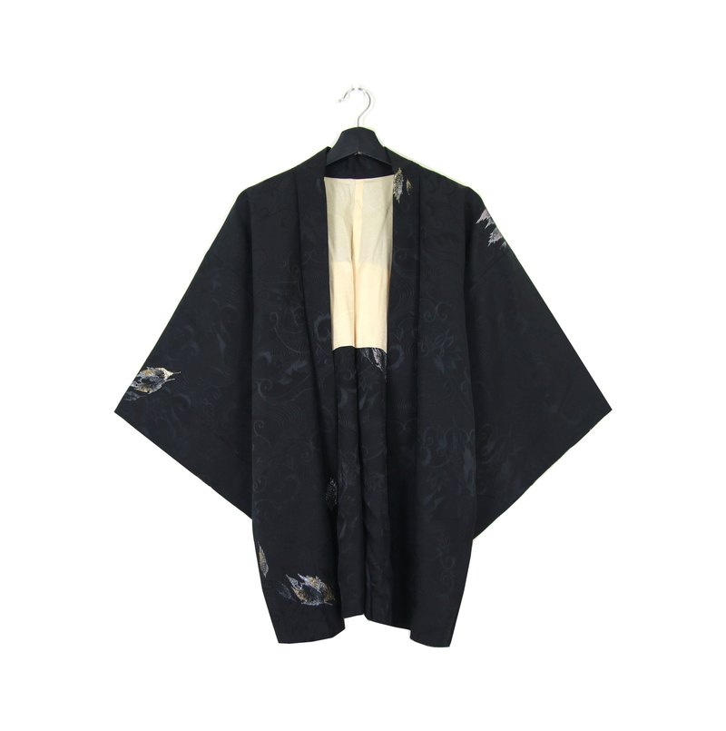 Back to Green :: Japanese kimono feather woven back glitter embroidery time leaves vintage kimono (KI-34)