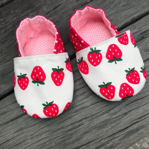 Strawberry toddler shoes