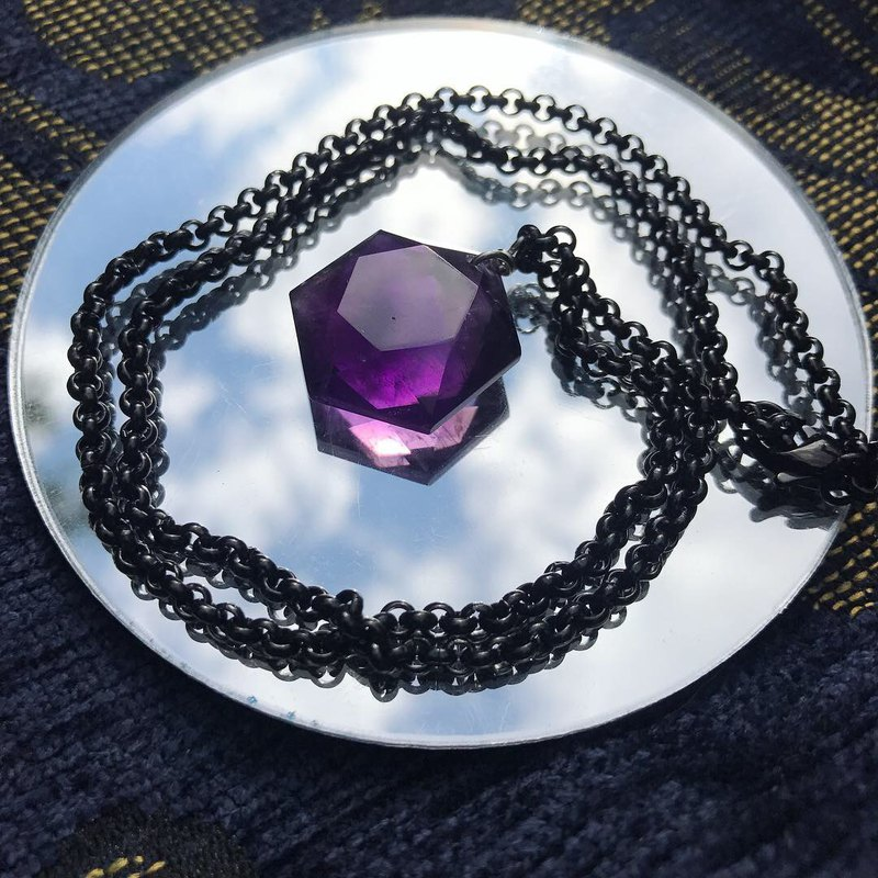 【Lost And Find】tinny size Natural Amethyst star necklace