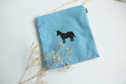 MaryWil square packet - blue unicorn