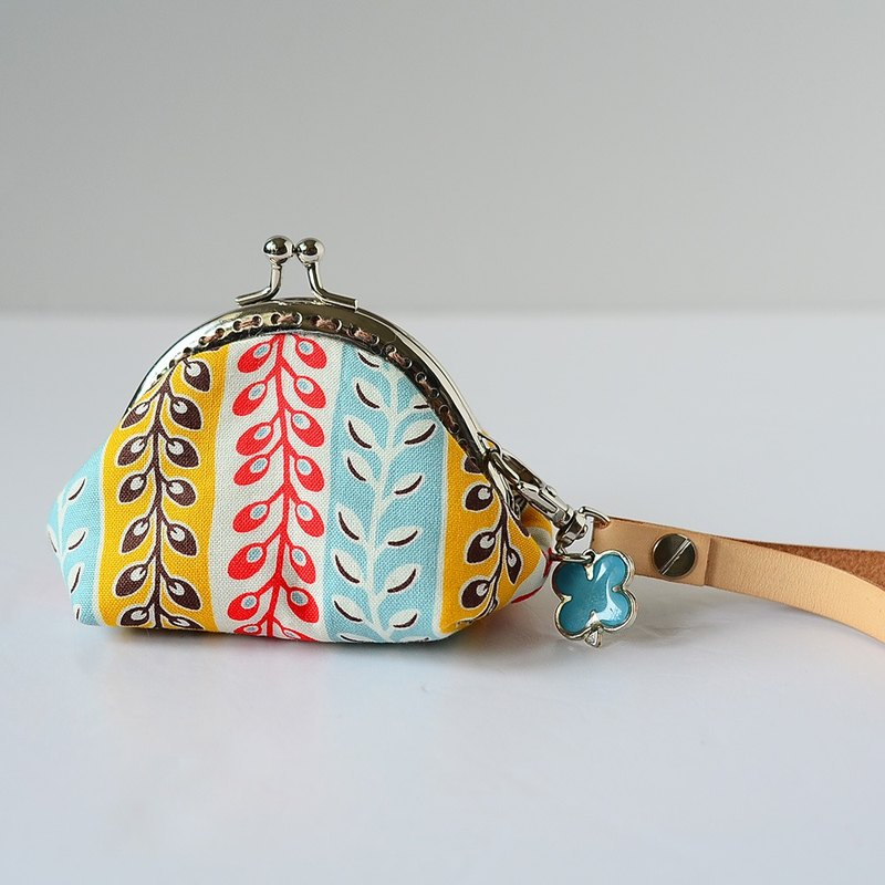 A very small coin purse - summer market - framed case with wristlet