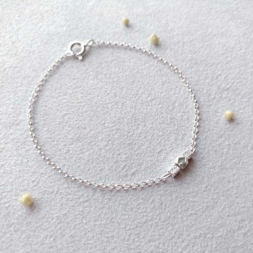 [Between the inch] no.1. Sterling silver bracelet