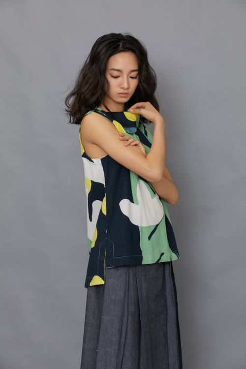 Double Sleeveless Sleeveless Printed Top_Crested Jade Forest_Fair Trade
