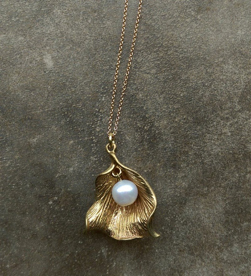 Brass Petal Freshwater Pearl Necklace