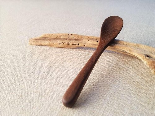 Walnut's dessert spoon small